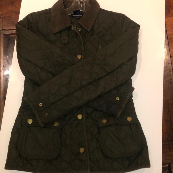 green slight puffer jacket